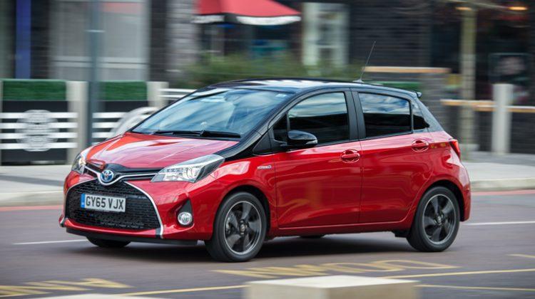 Toyota Yaris Hybrid 2016