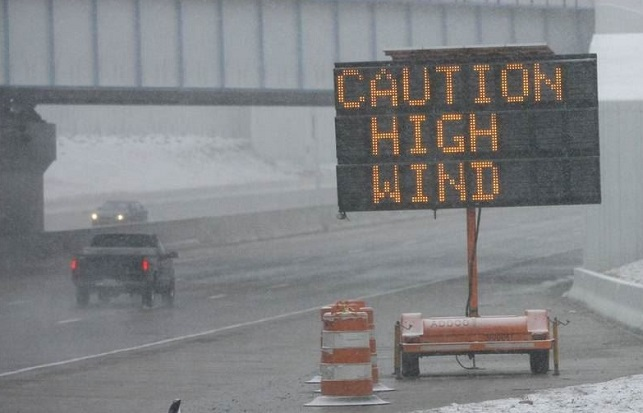 driving in windy weather