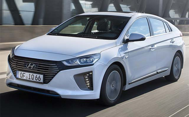 hyundai ioniq plug in hybrid priced from 24 995 in the uk autoizer auto news and blog. Black Bedroom Furniture Sets. Home Design Ideas