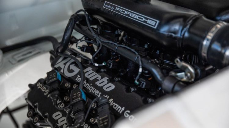 Porsche 930 F1-race engines