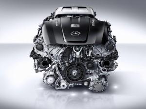 MG 4.0-litre V8 biturbo engine