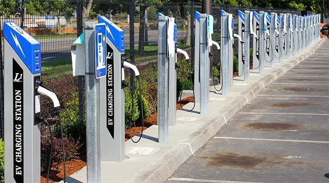 Airport Installs 42 PowerPost EV Charging Stations